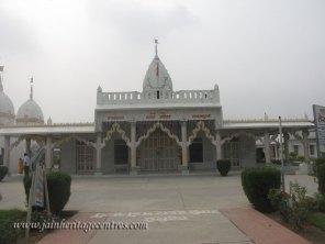 hastinapur_-_jambudweep_complex_20111021_1266197424