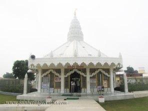 hastinapur_-_jambudweep_complex_20111021_1812583700