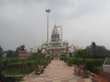 A view of Kailash Parvat Mandir at Hastinapur.