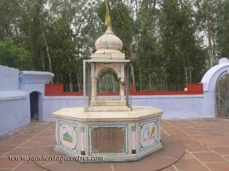 hastinapur_-_nishiyaji_20111021_1198518173