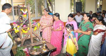 mahavir_jayanthi_-_2012_mumbai_20120426_1328298699