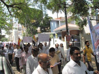 protest_at_bangalore_against_the_attack_on_jain_muni_at_girnar_20130106_1496464225