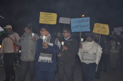 protest_held_at_ghaziabad_against_girnar_incident_january_5_2013_20130109_1204274707