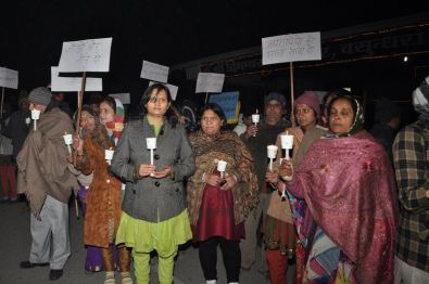 protest_held_at_ghaziabad_against_girnar_incident_january_5_2013_20130109_1559776371