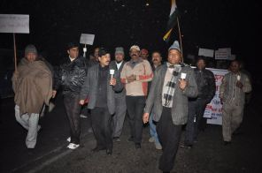 protest_held_at_ghaziabad_against_girnar_incident_january_5_2013_20130109_1809554850