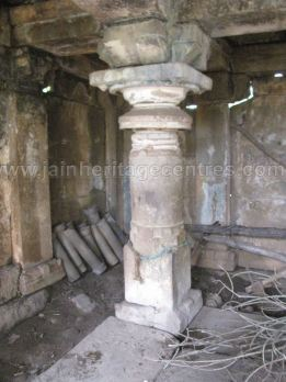 ruined_parshwanath_swamy_temple_makodu_makod_20131018_1542511824