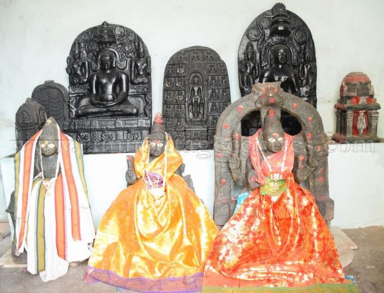 sri_adinath_digambar_jain_temple_at_valathi_20160711_1694762349