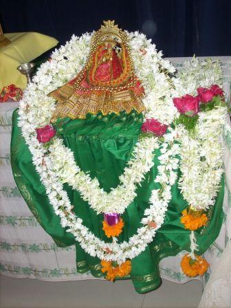 bhaktamar_aradhana_20120612_1936183378