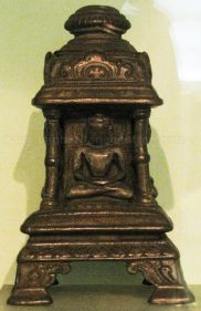 new_delhi_-_bronze_idol_at_national_museum_20120524_1606627181