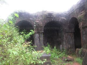 bandivade_jain_ruins_ponda_goa_20120711_1150426618