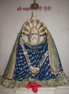 swethambar_murthypoojak_jain_temple_madgaon_goa_20120711_1847120950