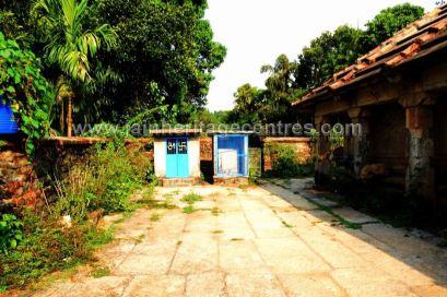 Sri-Parshwanath-Swamy-Digambar-Jain-Temple-Sringeri-Shivamogga-District-Karnataka-India-004