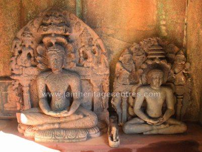 Sri-Parshwanath-Swamy-Digambar-Jain-Temple-Sringeri-Shivamogga-District-Karnataka-India-015