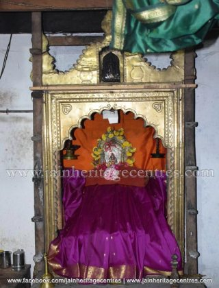 Goddess Padmavati, Abbana Bettu Basadi - Mudaru