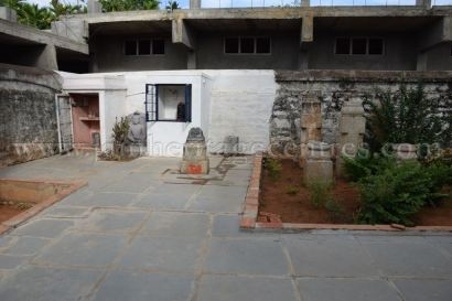Jain idols of Parshwanath Temple