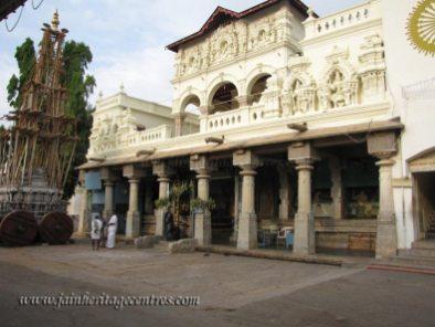 Shravanabelagola-Town-Matada-Basadi-Jain-Temple-0002
