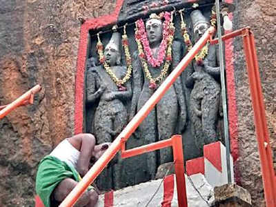 Villagers mistake Jain Tirthankara in Karur for Murugan
