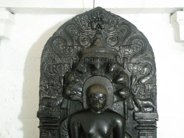 ancient_sri_parshwanatha_swamy_temple_ammanagi_20120907_1070258022