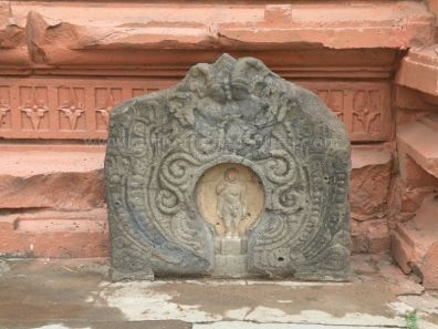 ancient_sri_parshwanatha_swamy_temple_ammanagi_20120907_1150543726