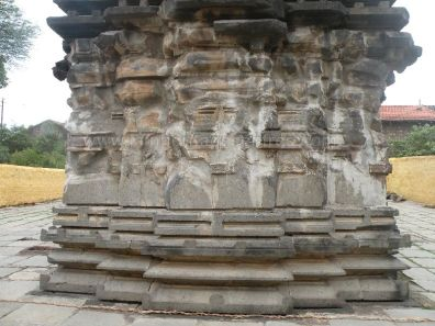 ancient_sri_parshwanatha_swamy_temple_ammanagi_20120907_1583015802