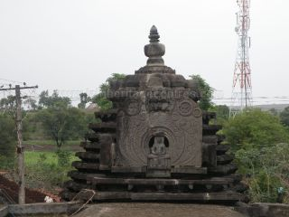 ancient_sri_parshwanatha_swamy_temple_ammanagi_20120907_1643388132