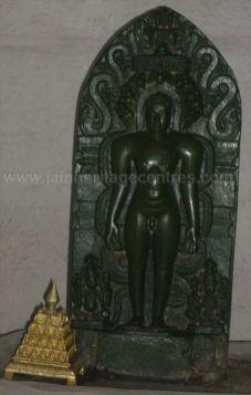 ancient_sri_parshwanatha_swamy_temple_amminabhavi_20120907_1532384537