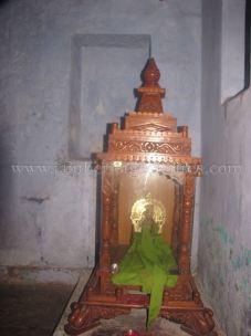 jain_idols_and_temples_at_alaguru_-_jamakhandi_taluk_-_bagalkote_dsitrict_-_karnataka_-_india_20160515_1016211064