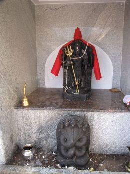 parshwanatha_basadi_venur_20120801_1384646786