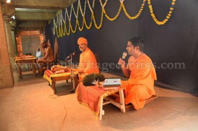 shruta_panchami_celebrations_-_akshara_abhyasa_-_shravanabelagola_2015_20150606_1656890190