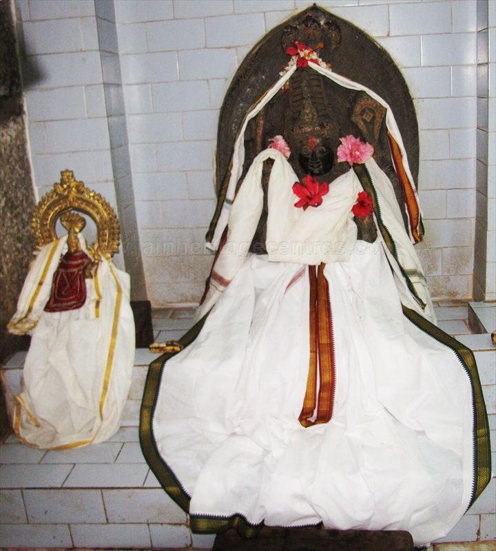 sri_ananthanatha_swamy_digambar_jain_temple_hosaholalu_20120828_1307062325