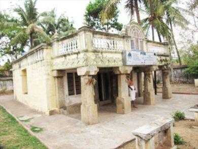 sri_ananthanatha_swamy_digambar_jain_temple_hosaholalu_20120828_1876096010