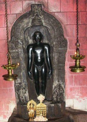 sri_neminatha_swamy_digambar_jain_temple_aechiganahalli_20120528_1594264387