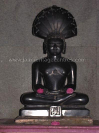 sri_parshwanth_swamy_digambar_jain_temple_bmatakere_20130218_1661502736