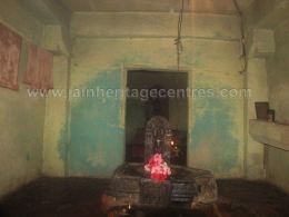sri_shanthinath_and_anathanath_swamy_digambar_jain_temple_-_kandikere_20160515_1424836406