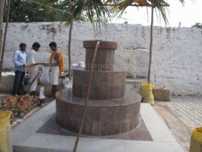 sri_suparshwanath_swami_digambar_jain_temple_midigeshi_karnataka_india_20130218_1556297177