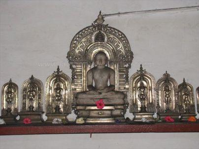 sri_vardhamana_swami_digambar_jain_temple_bidarur_20121021_1232572393