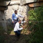 The team clearing throns and shrubs at Mandaragiri Hill