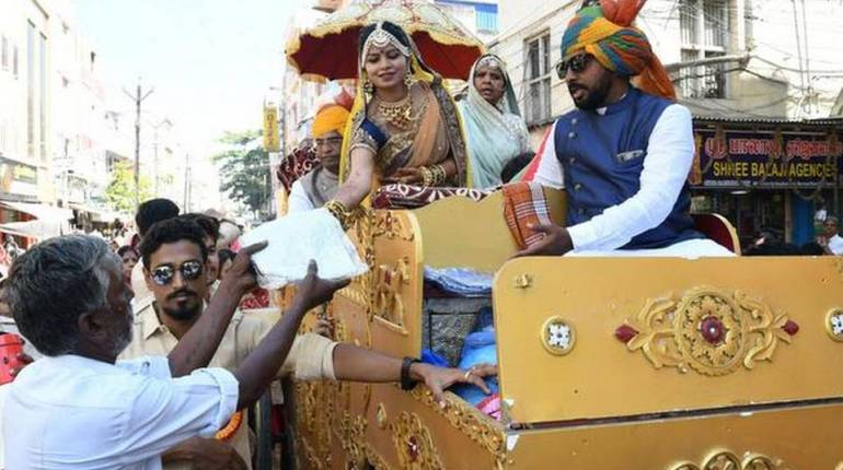 Madurai, 25 year old Jain woman takes sanyas