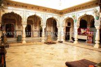 digamber_jain_nasiyan_bhattarakji_at_jaipur_20160622_1392951024