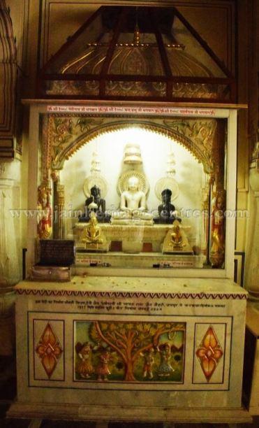 digamber_jain_nasiyan_bhattarakji_at_jaipur_20160622_1946203835