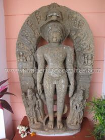 ruined_jain_tirthankar_idols_at_state_archaeology_museum_-_mysore_20160628_1715788792