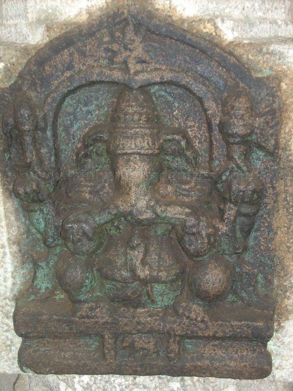 sri_adinatha_swamy_digambar_jain_temple_harave_20120612_2031026654