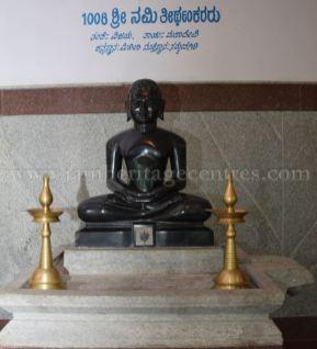 sri_parshwanath_digambar_jain_temple_-_chikkanakodige_-_karnataka_20160515_1397084145
