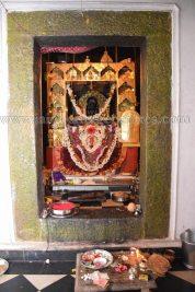sri_parshwanath_digambar_jain_temple_-_chikkanakodige_-_karnataka_20160515_1438949991