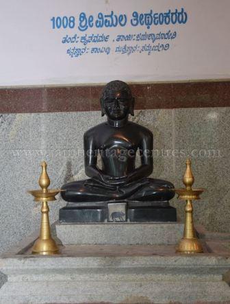 sri_parshwanath_digambar_jain_temple_-_chikkanakodige_-_karnataka_20160515_1591122255