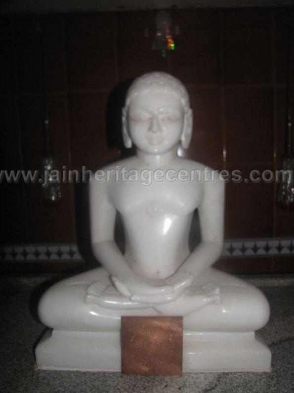 sri_shanthinath_swamy_digambar_jain_temple_duggavara_20140109_1689301506