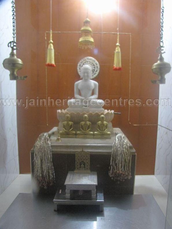 sri_shanthinath_swamy_digambar_jain_temple_duggavara_20140109_1879732142