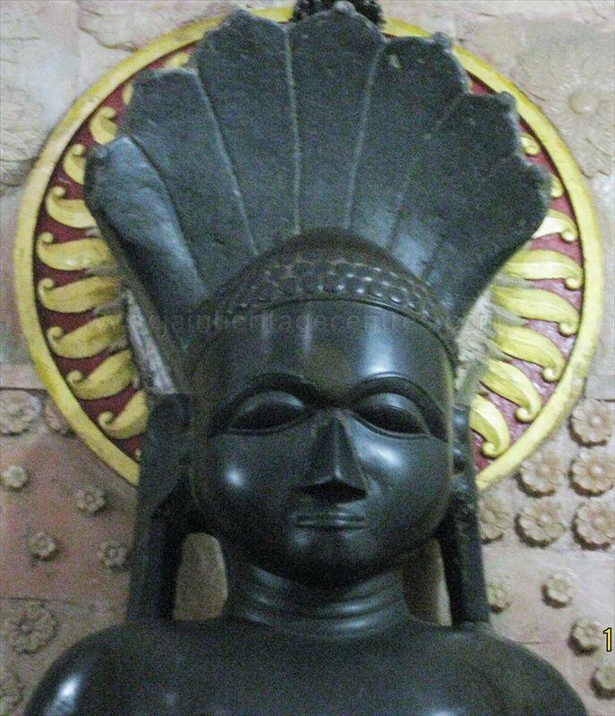 Tirthankar Parshwanath Idol.
