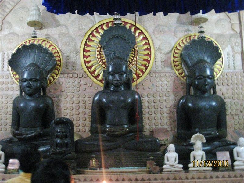 Padmasana idols of Tirthankar Parshwanath