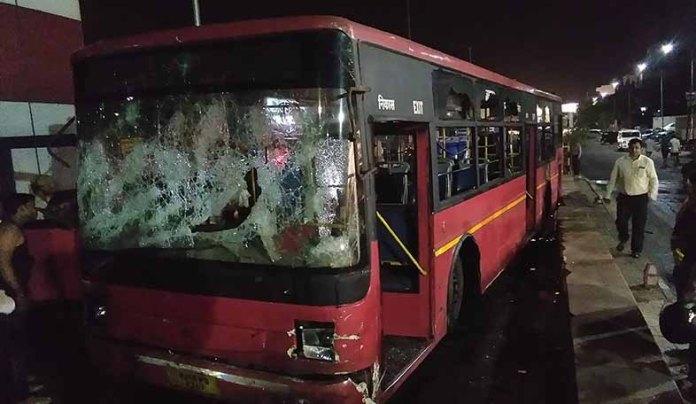 accident-tonk-road-low-floor-bus
